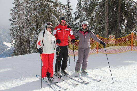 After a course from only two hours you will ski a lot better. You will learn the newest technique, which results in using less stenght while skiing. It will be more effortless and fun!